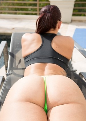 Ass In Pool Porn